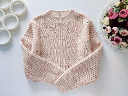 12,13 лет, рост 152,158 Модный свитер крупной вязки
