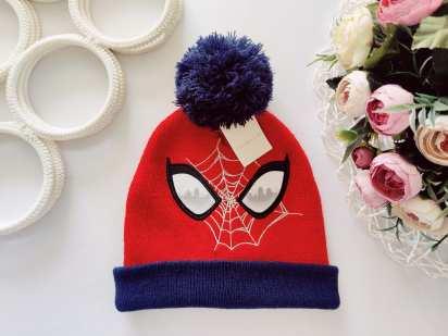 Новая шапка человек паук
