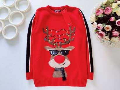 8,9 лет, рост 134 Новый музыкальный свитер