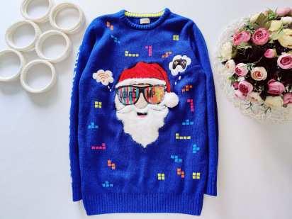 11,12 лет, рост 152 Крутой свитер с дед морозом